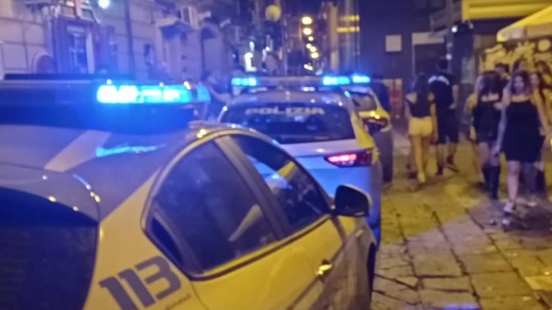Movida violenta a Via Vico , scoppia la rissa ed il video diventa virale |  Caserta Kest'è
